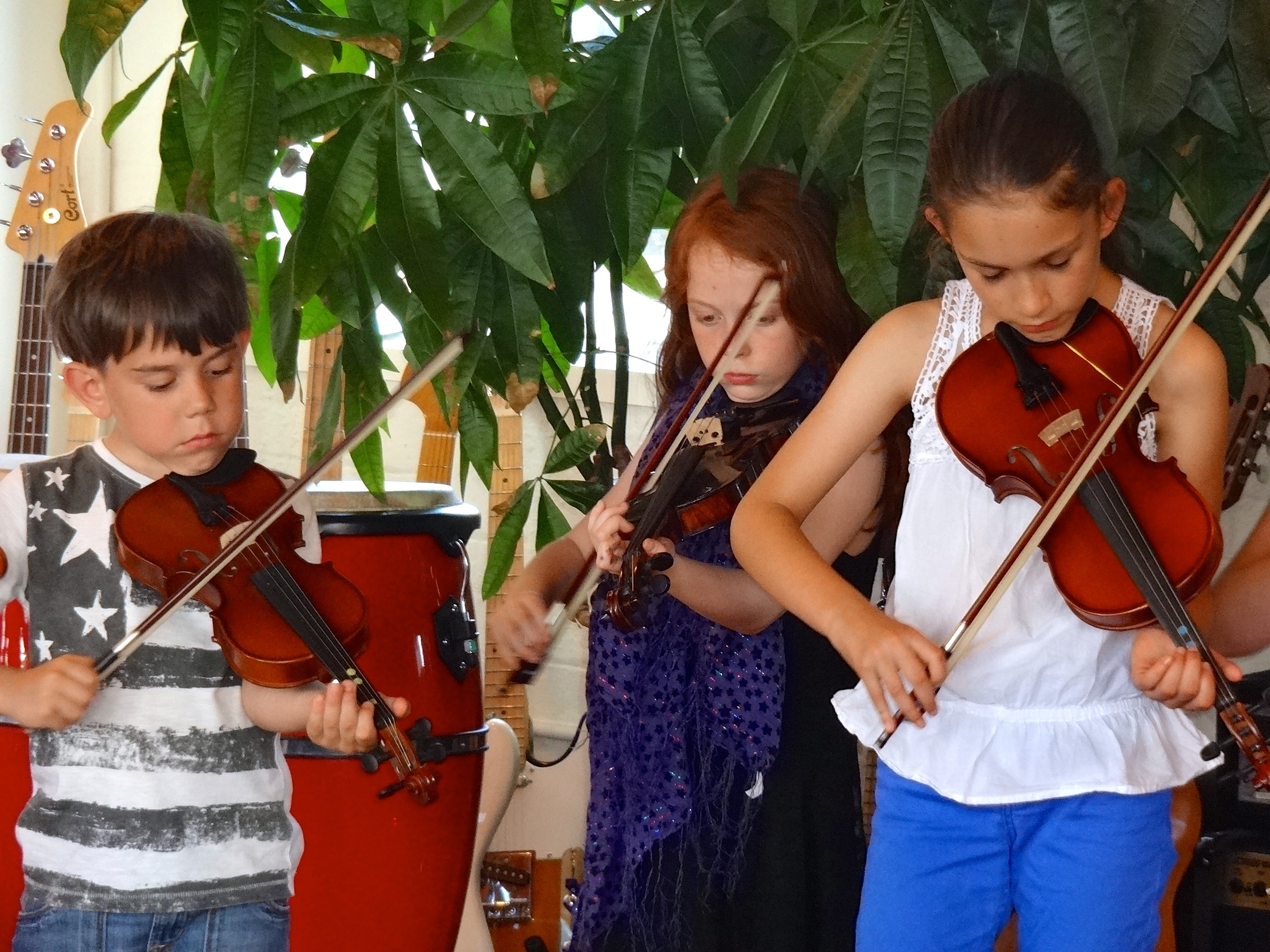 Children enjoying Celtic Fiddle Lessons in Wandsworth, SW London